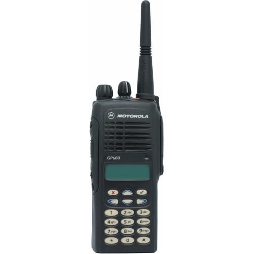 Motorola GP680 UHF3 Радиостанция