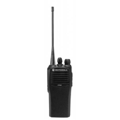 Motorola CP040 UHF3-16ch Радиостанция