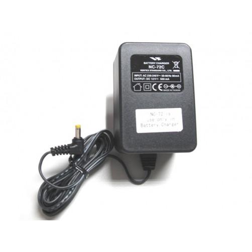 Yaesu NC-72C Сетевой адаптер, зарядное устройство